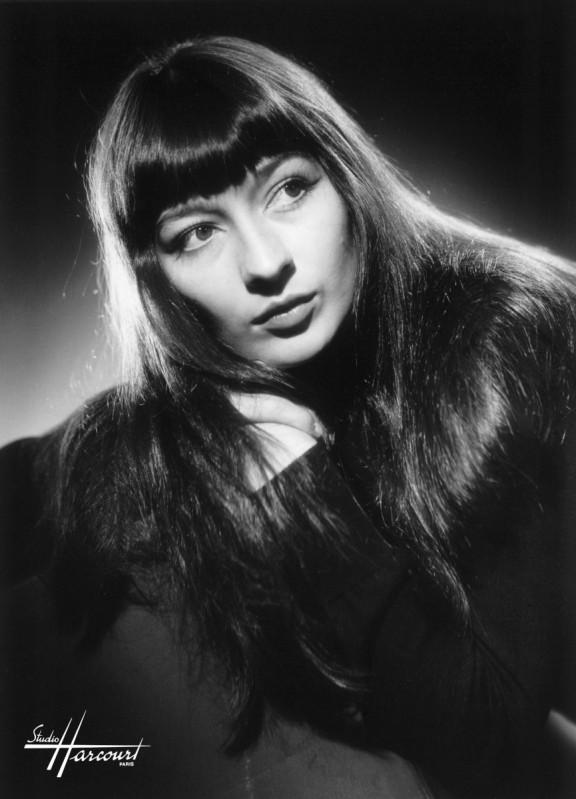 Juliette Gréco - (c) Studio Harcourt - 1950